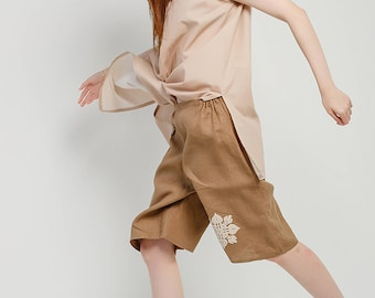 Ethno shorts / Boho shorts / Shorts with embroidery / Linen shorts / Loose shorts / Cool