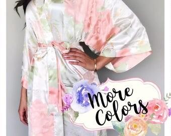Bridesmaid Robes, Custom Bridesmaid Gifts, Getting Ready Robes, Bride Robe, Bridal Party Robes, Bridesmaid Pajamas, Satin Floral Robe