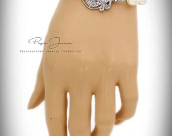 Wedding Bracelet Victorian Swarovski Pearl Rhinestone Bracelet Bridal Bracelet Wedding Jewelry Wedding Accessory Bridal Jewelry Badge