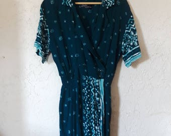 1980s Teal Patterned Wrap-Around Dress