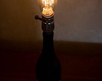 Wine bottle Edison lamp with driftwood base