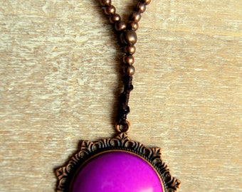 Quartz and jade gemstone beads and antique bronze necklace