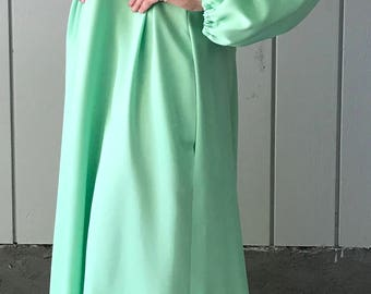 1960's Handmade House Dress | Handmade Muu-Muu | Green Floral House Coat | 1960's Green Muu Muu