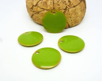 4 sequins round 15mm Glazed Apple green (PMSQ17)