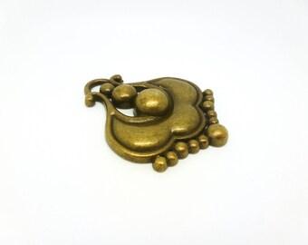 Great ethnic baroque metal bronze (CLBB18) 66 * 52mm fancy pendant