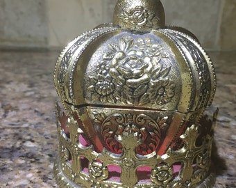 Crown in Crown Music box