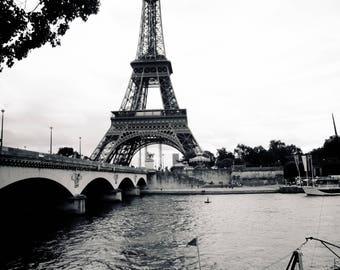 Paris Downloadable Photo