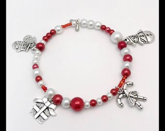 """Bracelet """"Noël"""" in glass beads and charms"""