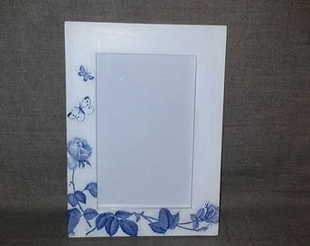 White photo frame,frame for pictures,white frames,wooden picture frames,blue decorated frames,decorated decoupage frames,gift,gift for woman