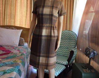 1950s brown plaid fall dress