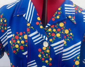 Bold vibrant fitted 70's shirt