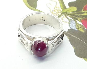 Ruby Cabochon Ring Sterling Silver/Vintage/Handmade/July Birthstone/Free Shipping US/ Christmas/Valentine/Birthday/Anniversary