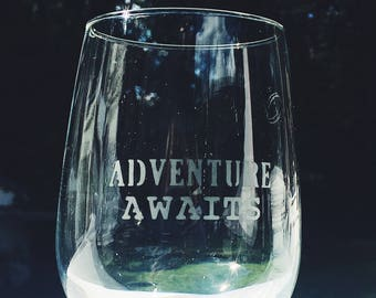 TRAVEL Etched Wine Glass Set