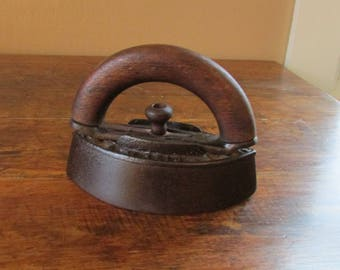 Antique Iron - Sad Iron - Antique Wood Handle Iron