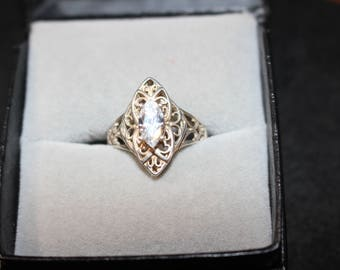 Sterling Silver Vintage Clear Stone Ring