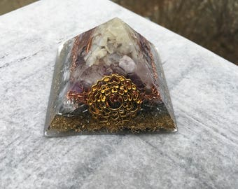 Orgone Pyramid - Crown Chakra/Quartz Crystal/Moonstone/Amethyst/Selenite