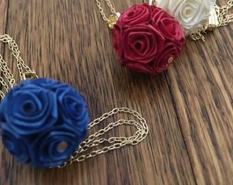 Rozafi [necklace] - Paper Made Roses/Wearable Art from Japan