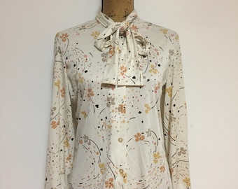 Vintage Floral Detail Satiny Floral Button Blouse w/ Tie Neck