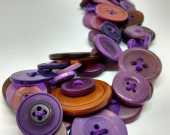 Buttons - series Prunette necklace