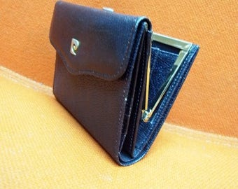Fiber Street VINTAGE! classic beautiful leather and metal Pierre Cardin wallet