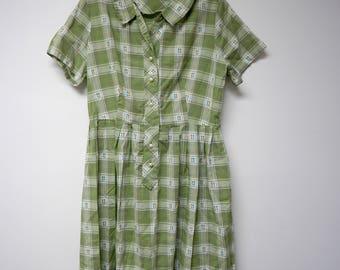 "50s green plaid shirt dress .  fits like a large . bust 43"""