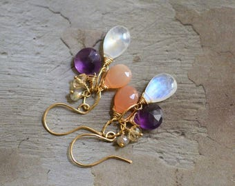 14kt Gold Moonstone Earrings -  Peach Moonstone Earrings - Amethyst Earrings - Mixed Stone Earrings - Gold Link Earrings Earrings