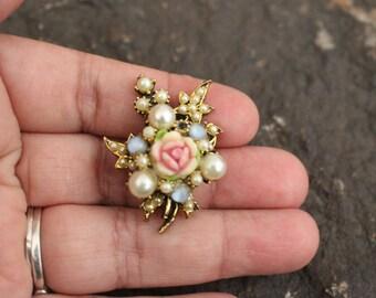Floral Brooch, Brooch, Shabby Brooch, Pretty Brooch, Victorian Brooch, Flower Brooch, Pearl Brooch, Vintage Brooch, Vintage Jewelry