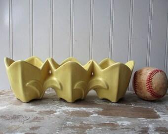 Vintage McCoy pottery triple planter vase triple tulip flower blossom yellow NICK Farmhouse Cottage chic