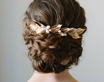 Gold Leaf Hair Comb | Bridal Vine Headpiece | Wedding Hair Piece | Leaf Hairpiece | Gold and Pearl Hair Comb [Lucia Headpiece]