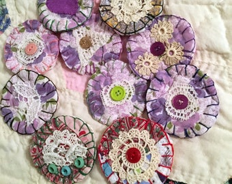10 Circle Appliques, Handmade Rustic Fabric Craft Supply, Recycled Cotton Quilt, Embellishing, Card Making, Scrapbooking, Journal Supply
