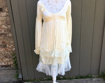 Altered Women Creme Polyester Ruffled Dress, Smock Top. Altered Couture, Small, Lace Embellished, Shabby Chic, Romantic Long Tunic, BoHo