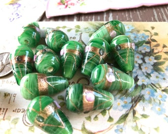 Vintage Glass Beads Flowers Rose 11mm Green Teardrop Lampwork floral NO Sfloral Lampwork Pink Green Flowers Shabby Chic Cottage   968Q