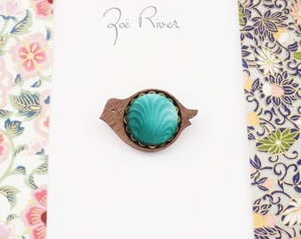 Turquoise and wood bird brooch. Turquoise green vintage button and wood brown bird broach, bird pin. Bird jewelry. Dainty wood bird brooch