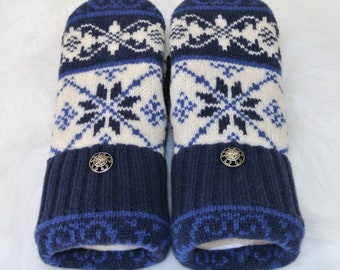 Blue & White Snowflake 100% Wool Women's Recycled Sweater Mittens