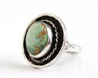 Sale - Vintage Sterling Silver Green Turquoise Ring - Size 7 3/4 Retro Southwestern Native American Style Statement Split Shank Jewelry