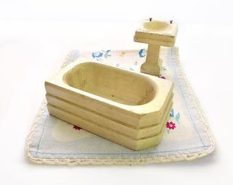 "Strombecker Dollhouse Sink and Bathtub, 3/4"" Scale"