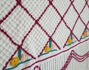 """1950's Chenille Full Size Bedspread 89"""" x 99"""", Purple  - Oak Hill Vintage"""
