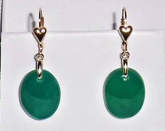 28ct Natural China Cabochon Green Jade gemstones, 14kt yellow gold Heart Leverback Earrings