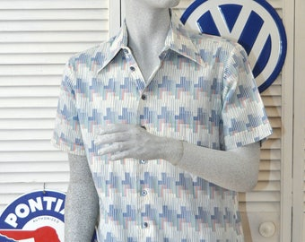 Vintage Mens Shirt 60s Atomic Rockabilly Short Sleeve Ikat Pattern Medium Arrow Americas Shirtmaker Button Up Pocket Abstract Blue White red
