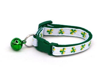 St. Patrick's Day Cat Collar - Bold Shamrocks on White - Small Cat / Kitten or Large Cat Collar