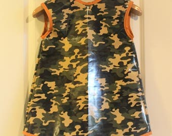 LAST ONE Sleeveless Extra Long Kids Art Smock Waterproof Art Apron in Camo and Orange