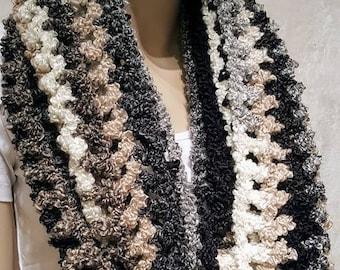Soft Crochet Infinity Scarf, Black Crochet Scarf, Crochet Scarf, White Crochet Scarf, Chunky Crochet Infinity Scarf, Oversized Scarf