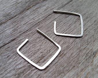 SQUARE HAMMERED Minimalist EARRINGS Sterling Silver Hoop Geometric Drop [Géométrique Carré Boucles oreille Argent—Pendientes Cuadrado Plata]