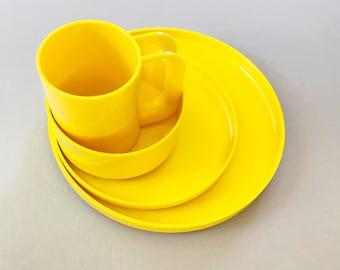 Vintage Heller Vignelli Max Mug / Bowl / Plates Set in Vivid Yellow