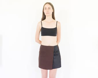 90s Minimal Brown Black Nylon Mini Skirt / Tech Skirt / Size XS-Small