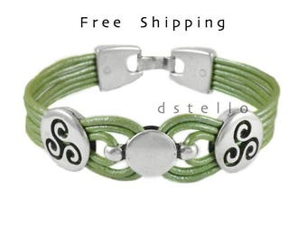 Custom mens leather bracelet - Celtic bracelet - Mens bracelet - Celtic jewelry - Triskele - Triskelion - Unisex - Genuine Spanish leather