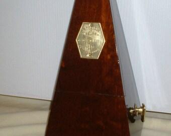 Beautiful Antique Wood Metronome de Maelzel, Seth Thomas Clocks, Smooth Dark Walnut, Restored, Calibrated, Runs Great. Has Solid Brass Trim