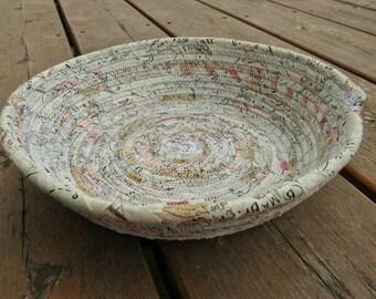 Rope basket, rope bowl, clothesline basket, clothesline bowl, rope dish, rope dish, neutral, nautical, small, geography, map, atlas