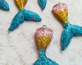 5 Resin Mermaid tails Charms Magical Fantasy Kawaii Glitter Pendant Charms Blue gold Pink