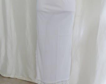 Vintage 70s womens long half slip, white lace nylon, side slit, union label, size M L